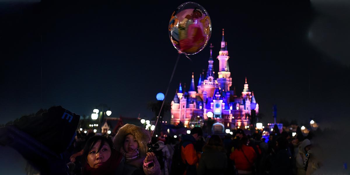Disneyland de Shanghái cierra debido a epidemia del coronavirus