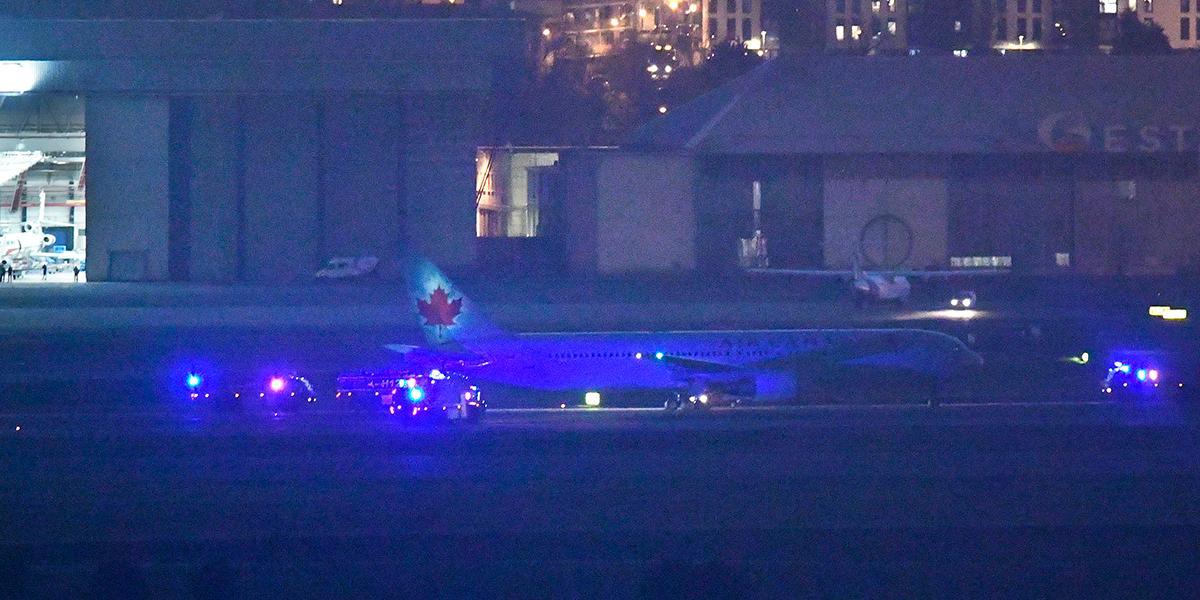 Avión de Air Canada aterriza de emergencia tras varias horas de tensión en Madrid