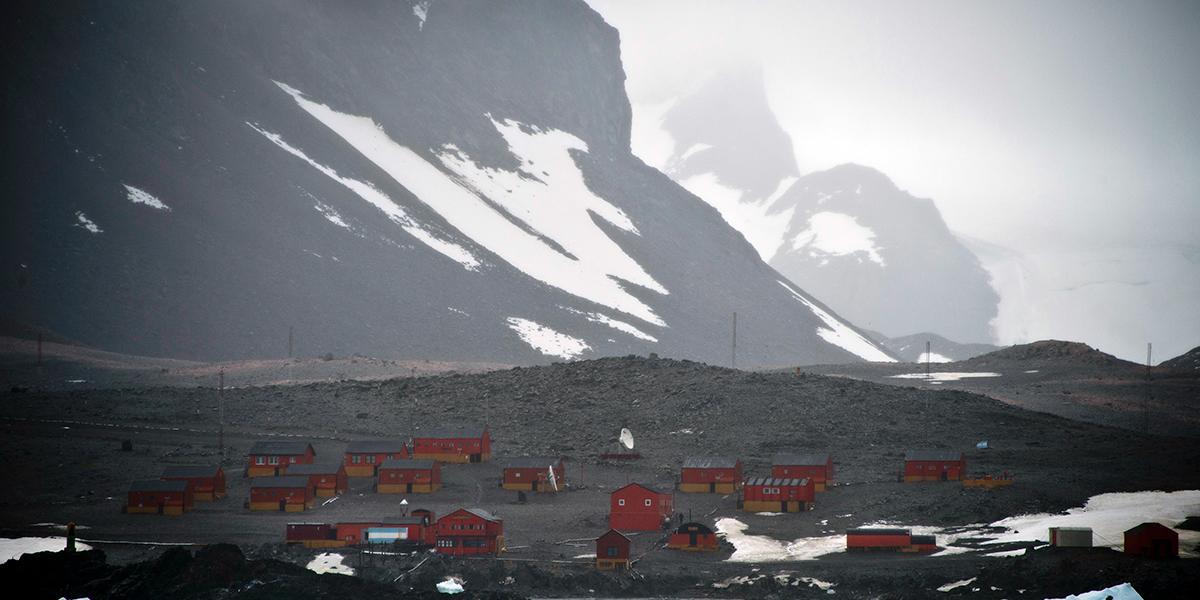 Base argentina en la Antártida registra temperatura récord de 18,3 grados