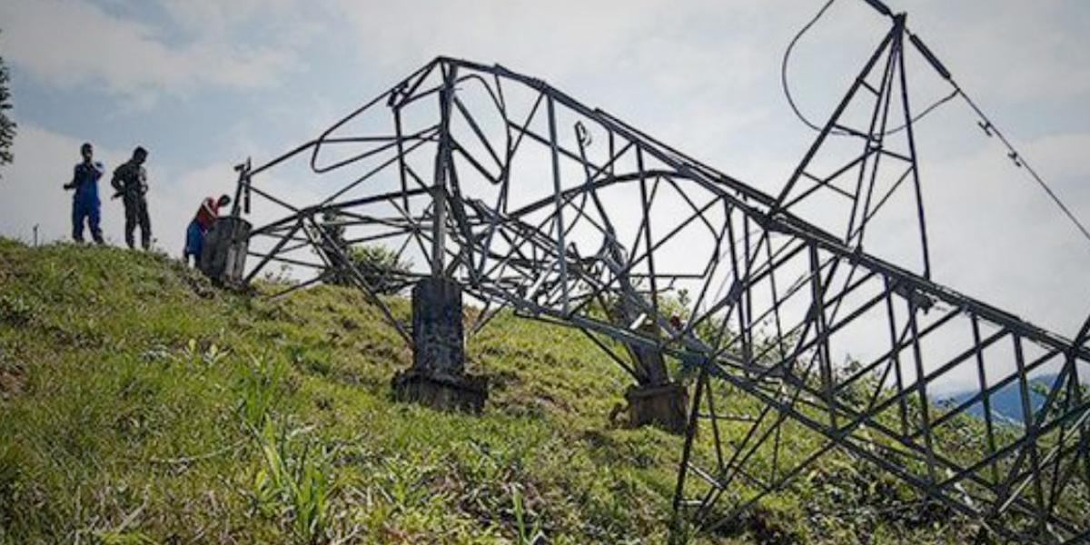 ELN sería el responsable del ataque contra torres de energía en Medellín