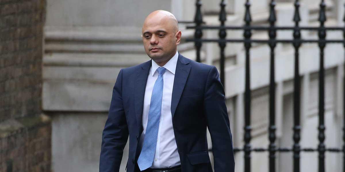 Renuncia inesperadamente el ministro británico de Finanzas Sajid Javid