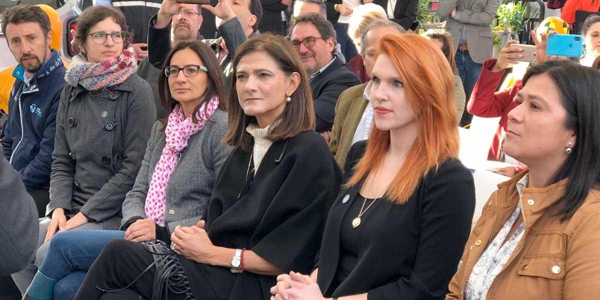 """""""Parece que a la alcaldesa se le olvida que más de $20 billones ha invertido la Nación"""": respuesta de Mintransporte a Claudia López"""