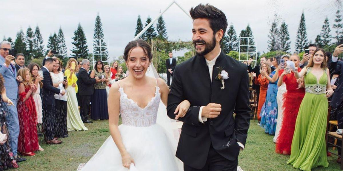 Camilo y Evaluna se burlan, con este video, de quienes los critican por casarse tan jóvenes