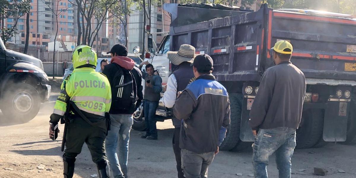 Sin bloqueos, camioneros continúan concentrados en varios puntos de Bogotá