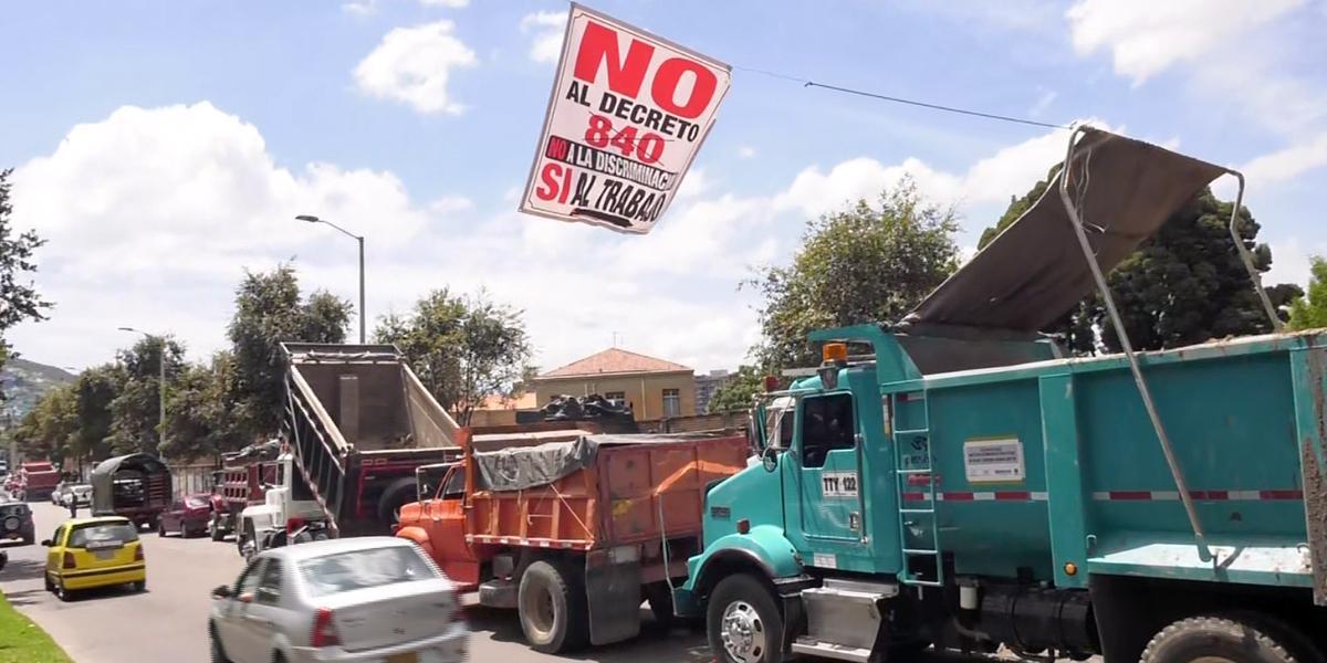 Camioneros levantan protesta en entradas a Bogotá