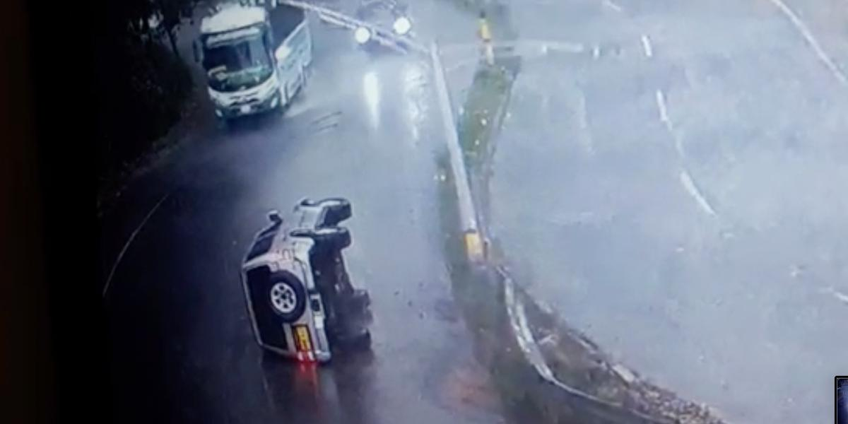 Aparatoso accidente en la vía Las Palmas, en Medellín