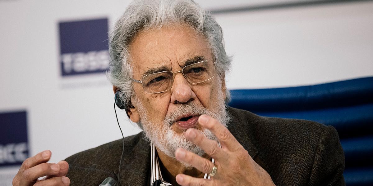 """Plácido Domingo acepta """"toda la responsabilidad"""" sobre denuncias por acoso sexual"""