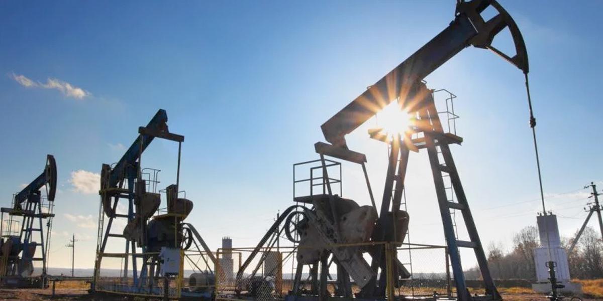 Producción de petróleo y gas arranca con altibajos en 2020