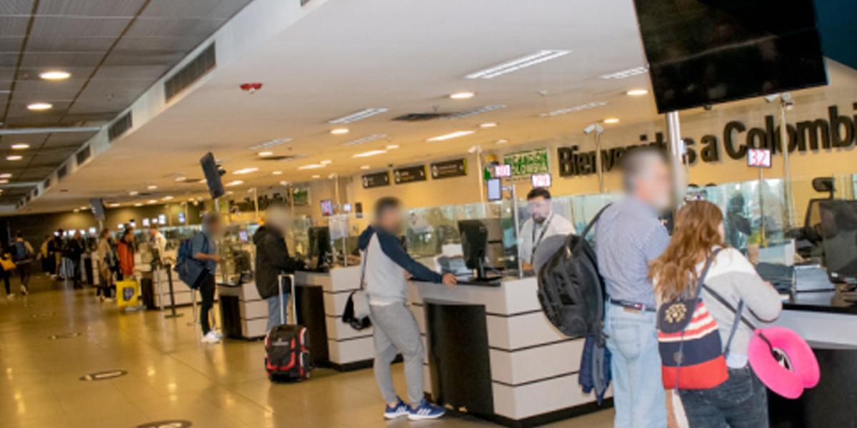 Controles deficientes en el 93 % de los aeropuertos: revela la Contraloría