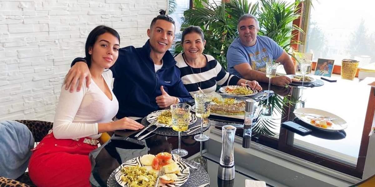Mamá de Cristiano Ronaldo, hospitalizada por derrame cerebral