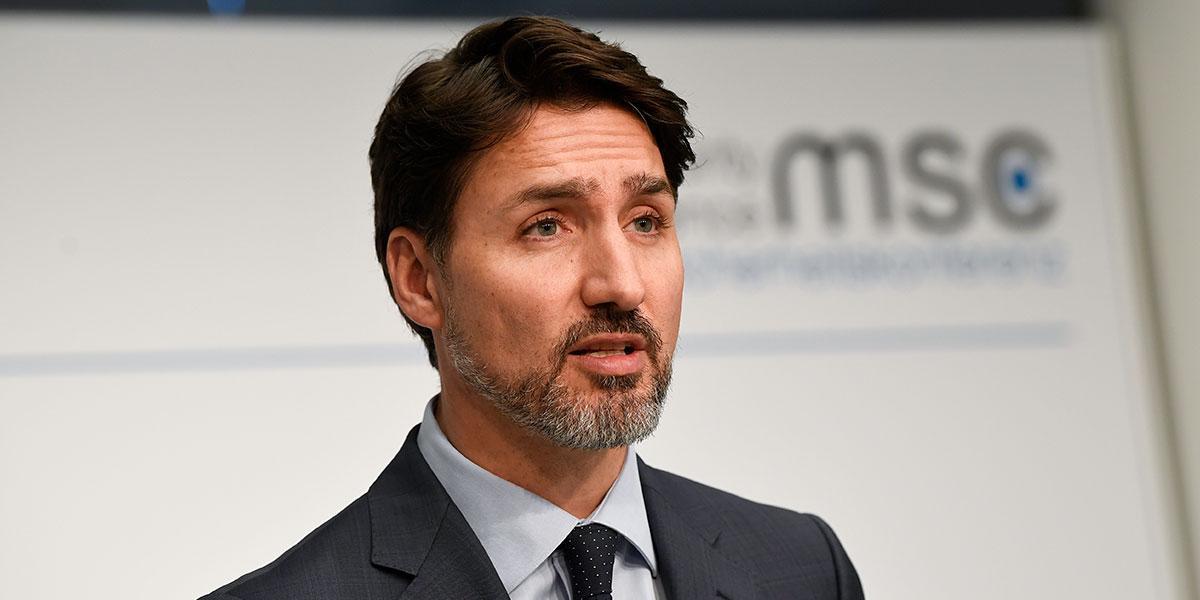 Justin Trudeau y su esposa en cuarentena por sospecha de coronavirus