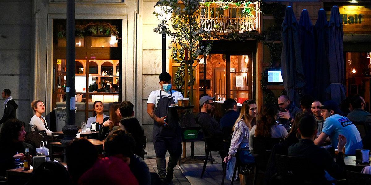Madrid cerrará todos los restaurantes y bares a partir de este sábado por coronavirus