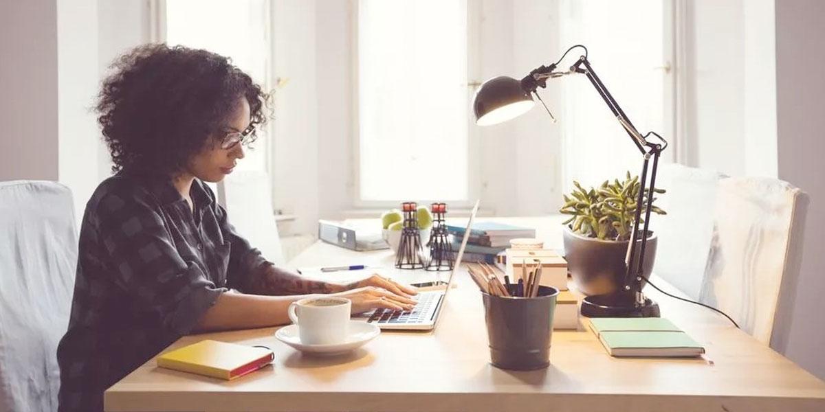¿Trabajas o estudias desde casa? 5 consejos para ser productivo sin correr riesgos
