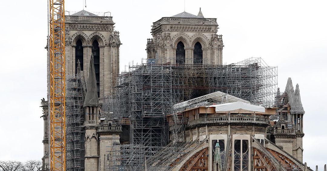 Por pandemia suspenden obras de la catedral de Notre Dame