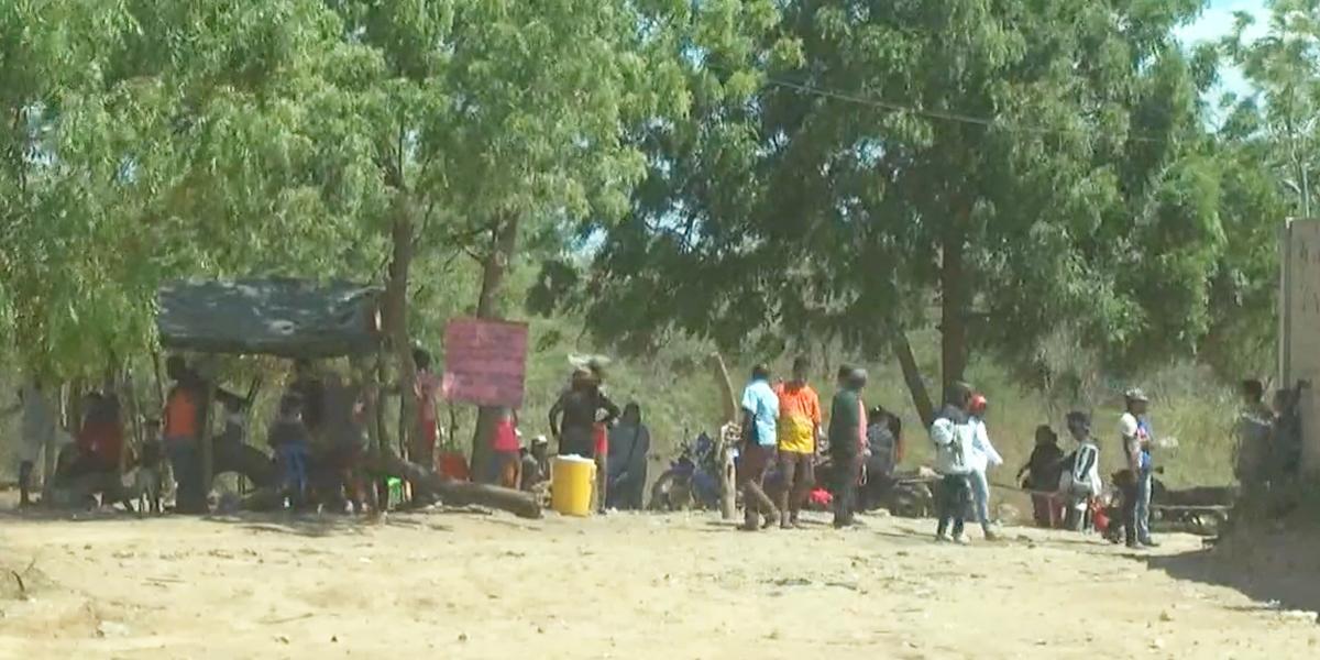 Centenares de personas siguen ingresando al país por trochas ilegales