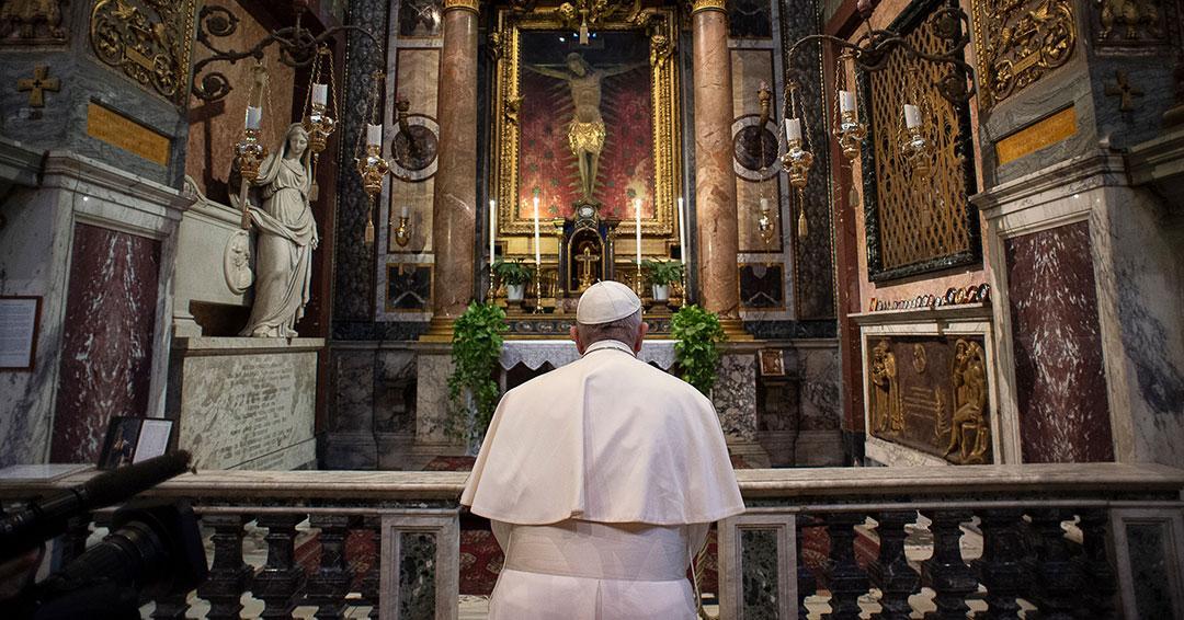 Papa Francisco ora por 'los ancianos que están solos y con miedo' por la pandemia