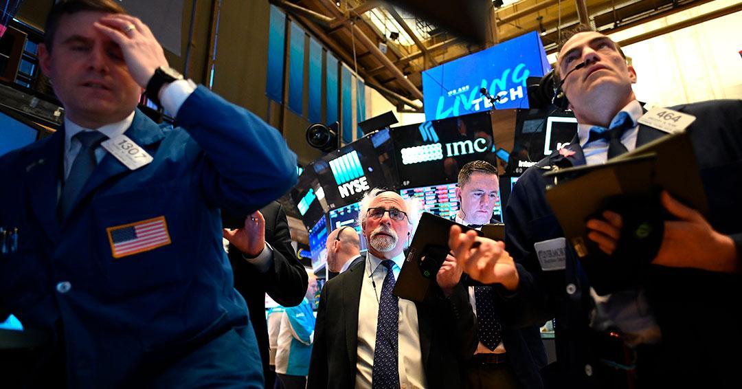 Wall Street abre en verde y remonta tras su peor día de la historia