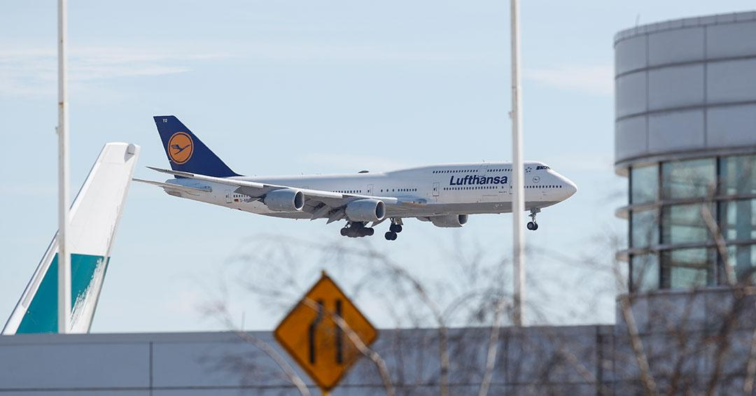 Aerolínea Lufthansa suspende temporalmente operaciones de vuelo a Bogotá