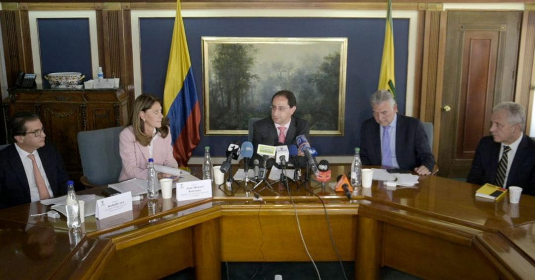 Gobierno y Fenalco logran acuerdo para garantizar abastecimiento de productos