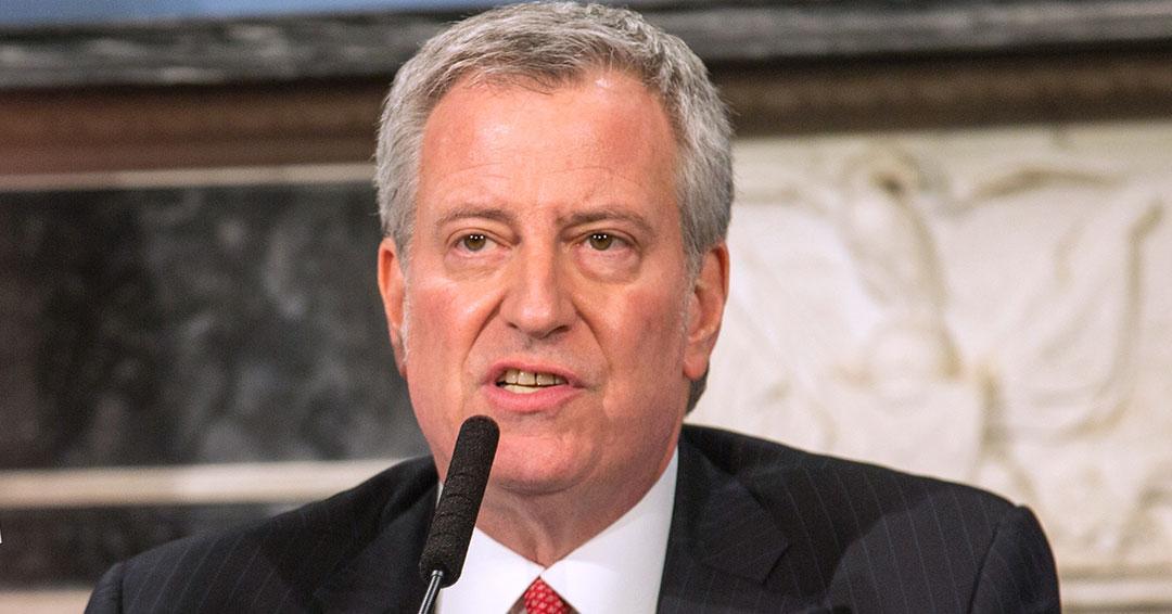 Alcalde de Nueva York busca confinamiento tras 4.000 casos de coronavirus