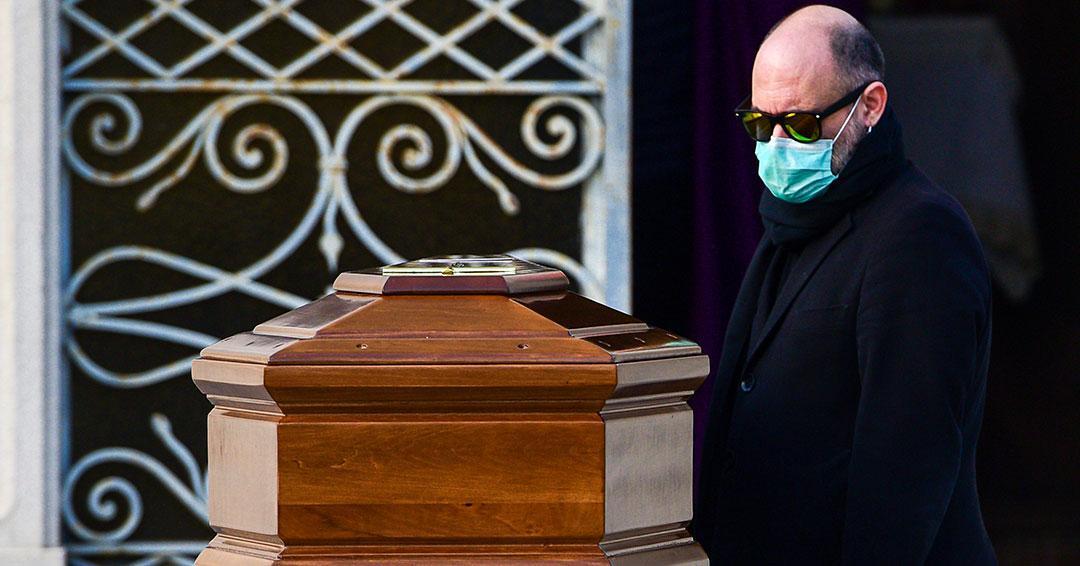 Italia llega a los 4.032 muertos, 627 en un solo día