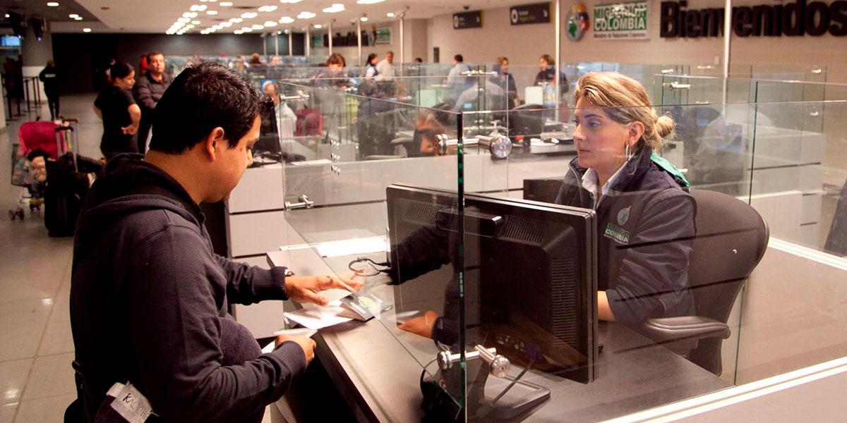 Atención extranjeros: anuncian cambios en trámites de permanencia
