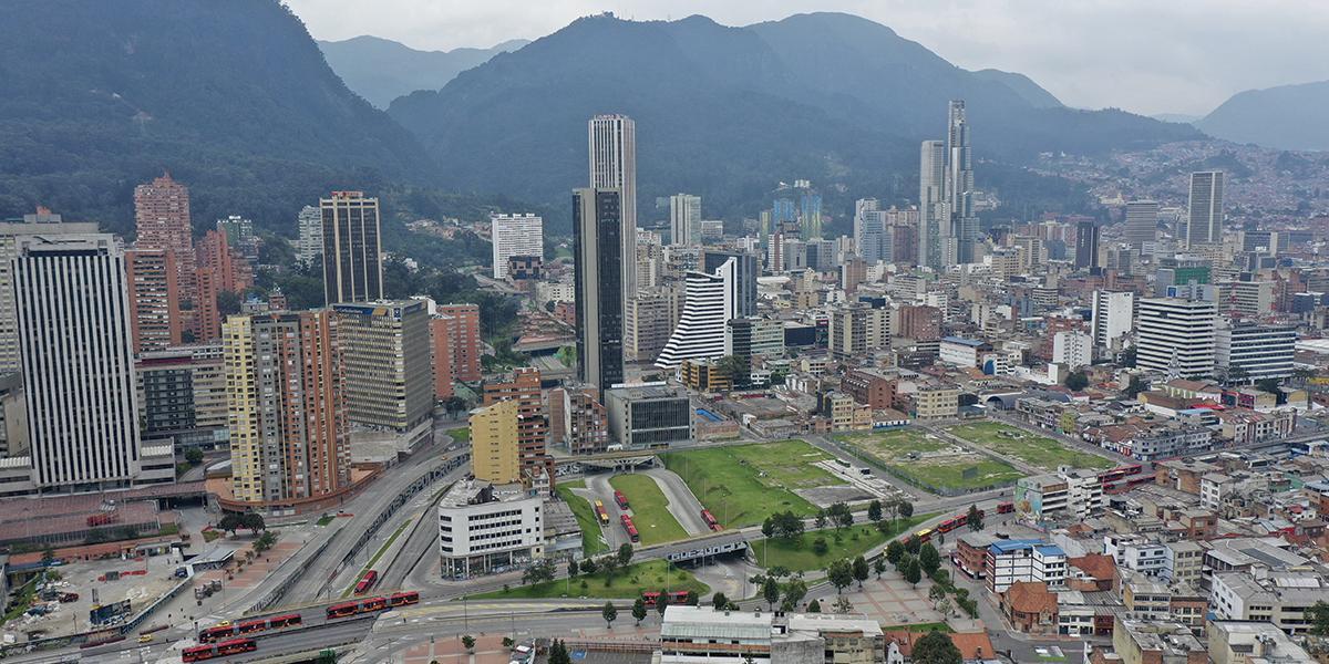 Incendios forestales y quemas continúan afectando calidad del aire en Bogotá