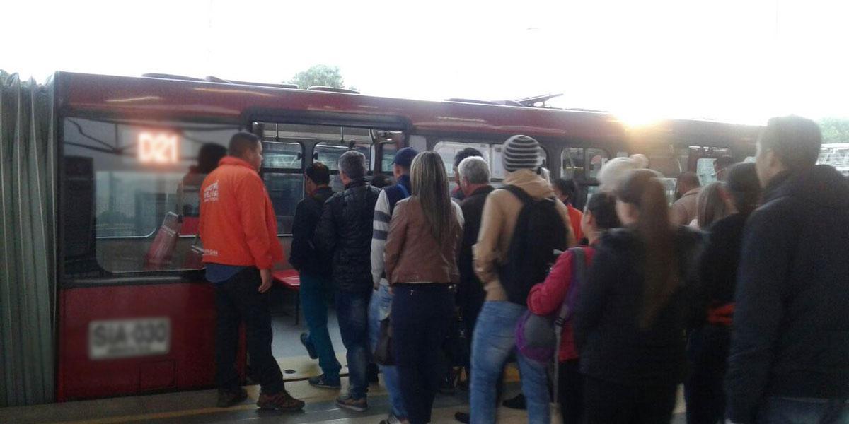 Soacha cambia pico y cédula para ingresar a TransMilenio