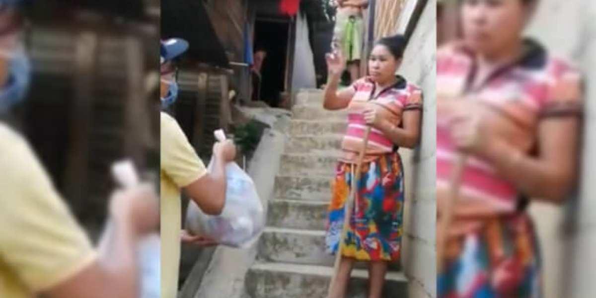 (VIDEO) El conmovedor gesto de una mujer en una comuna en Antioquia que es viral en redes sociales