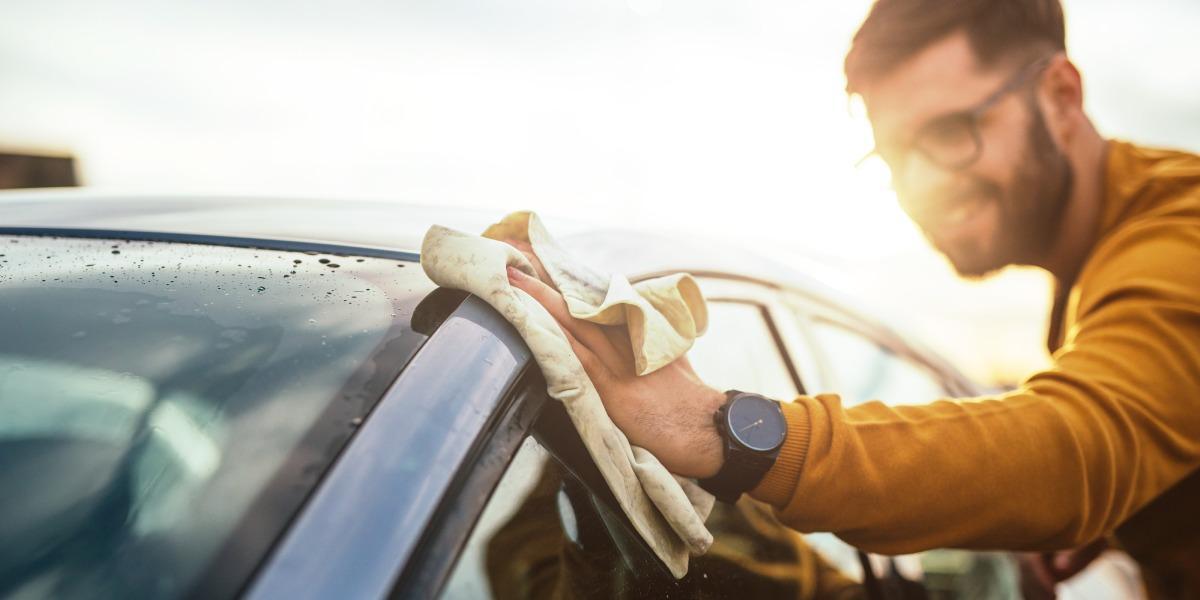 ¿Qué sucede si mi carro dura muchos días apagado por la cuarentena?