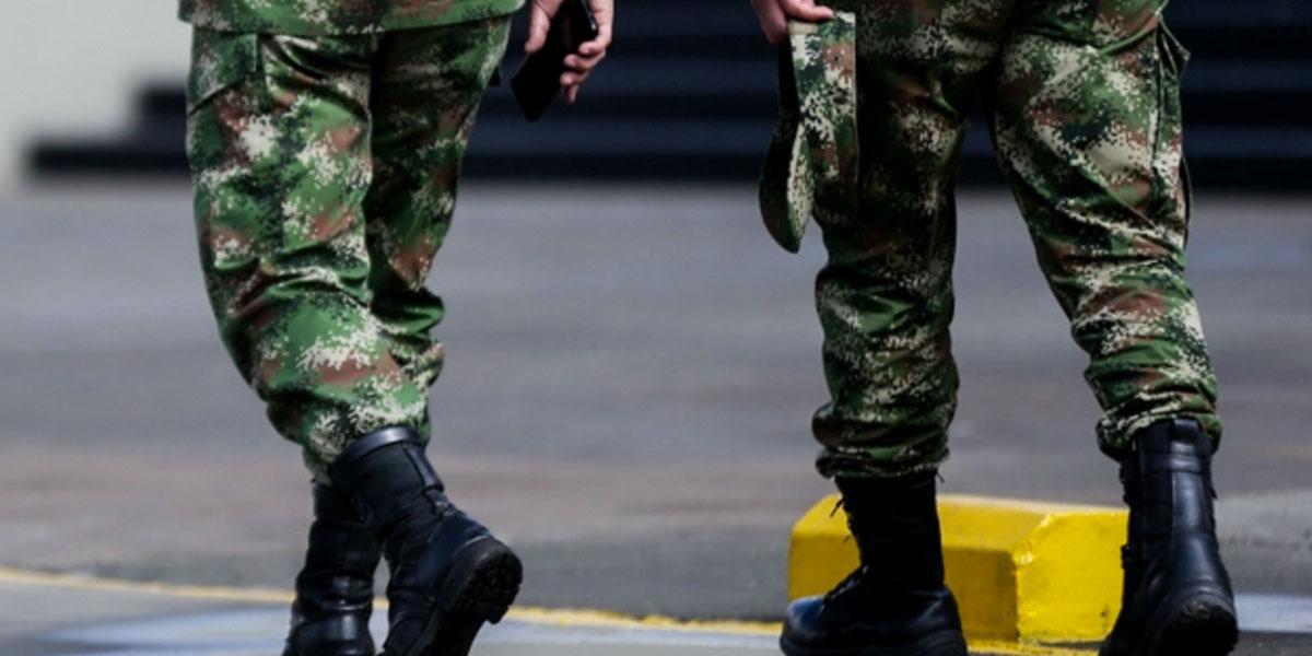 MinDefensa retira a 11 oficiales del Ejército