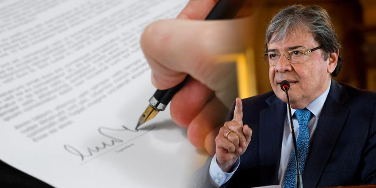 Ministerio de Defensa denuncia presuntos contratos irregulares de Fuerza Pública