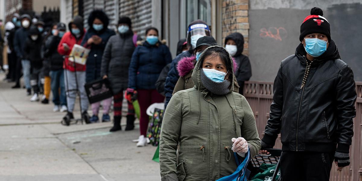 El miedo aleja a los indocumentados con coronavirus de los hospitales en EE. UU.
