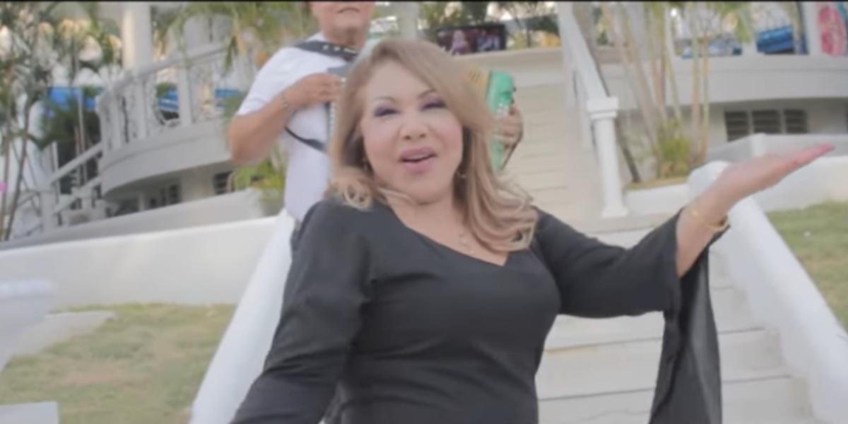 'Quiero dar un beso y no lo puedo dar', lo nuevo de Aida Luz Villa