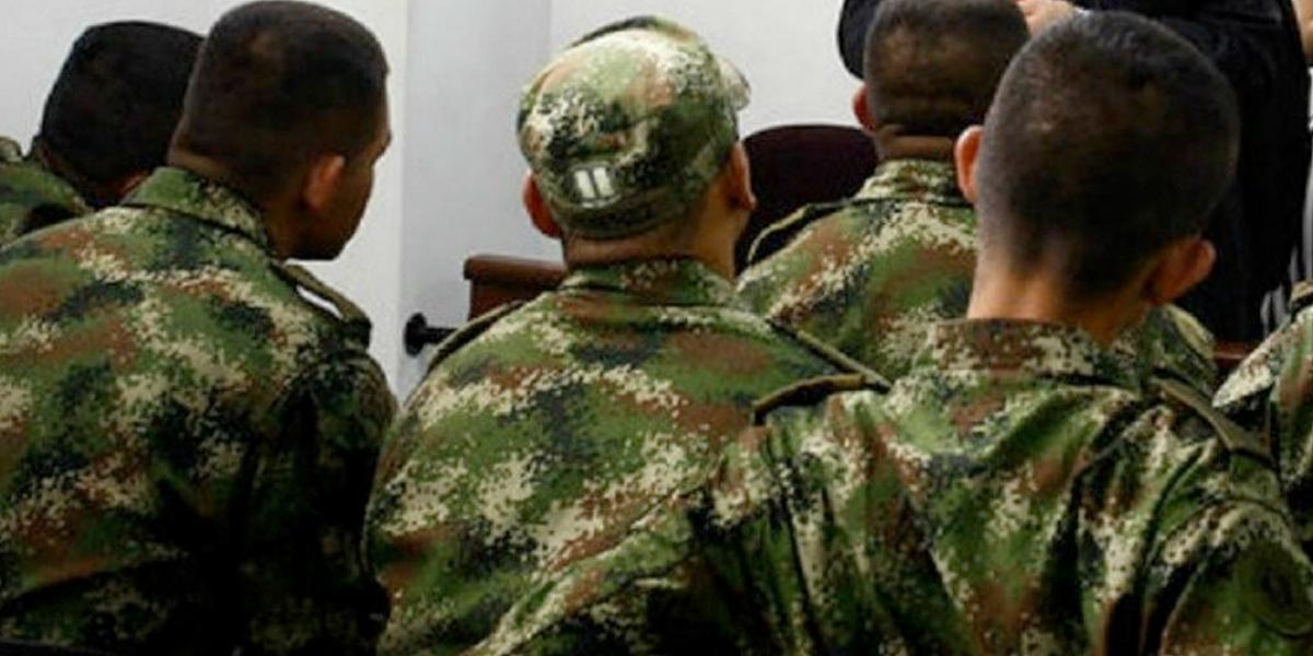 """Investigan posibles relaciones de funcionarios o militares con """"regímenes dictatoriales"""""""
