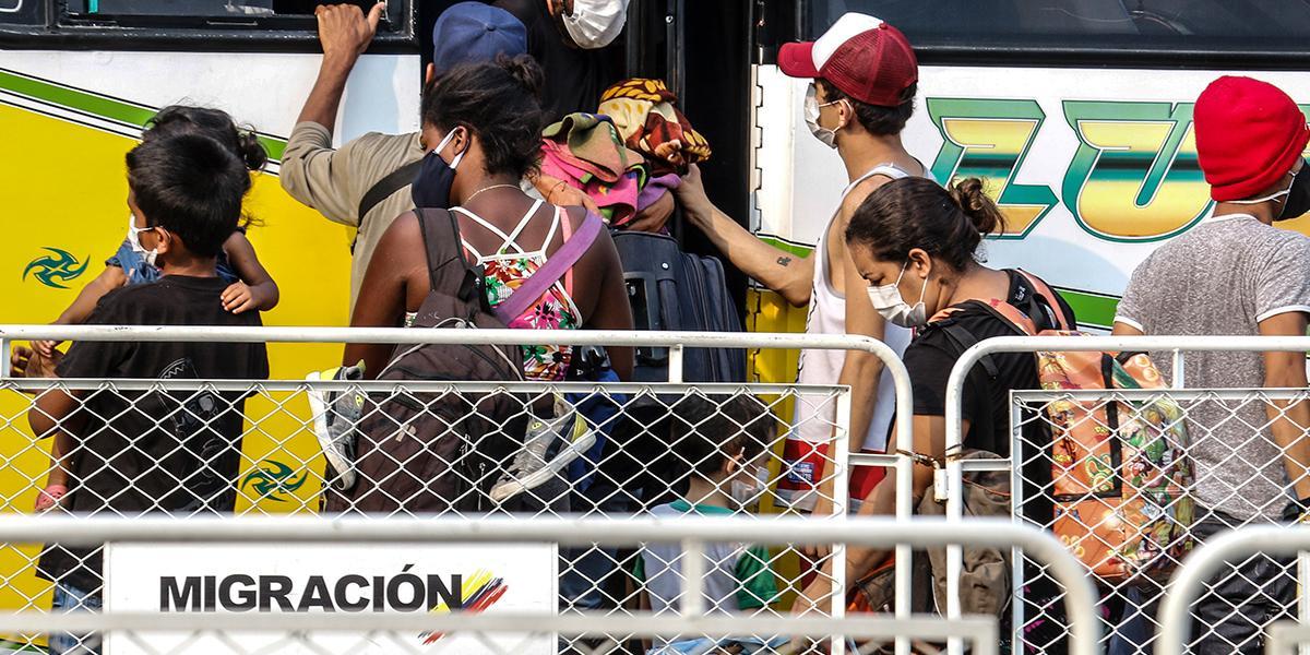 Baja número de venezolanos radicados en Colombia por primera vez en cinco años