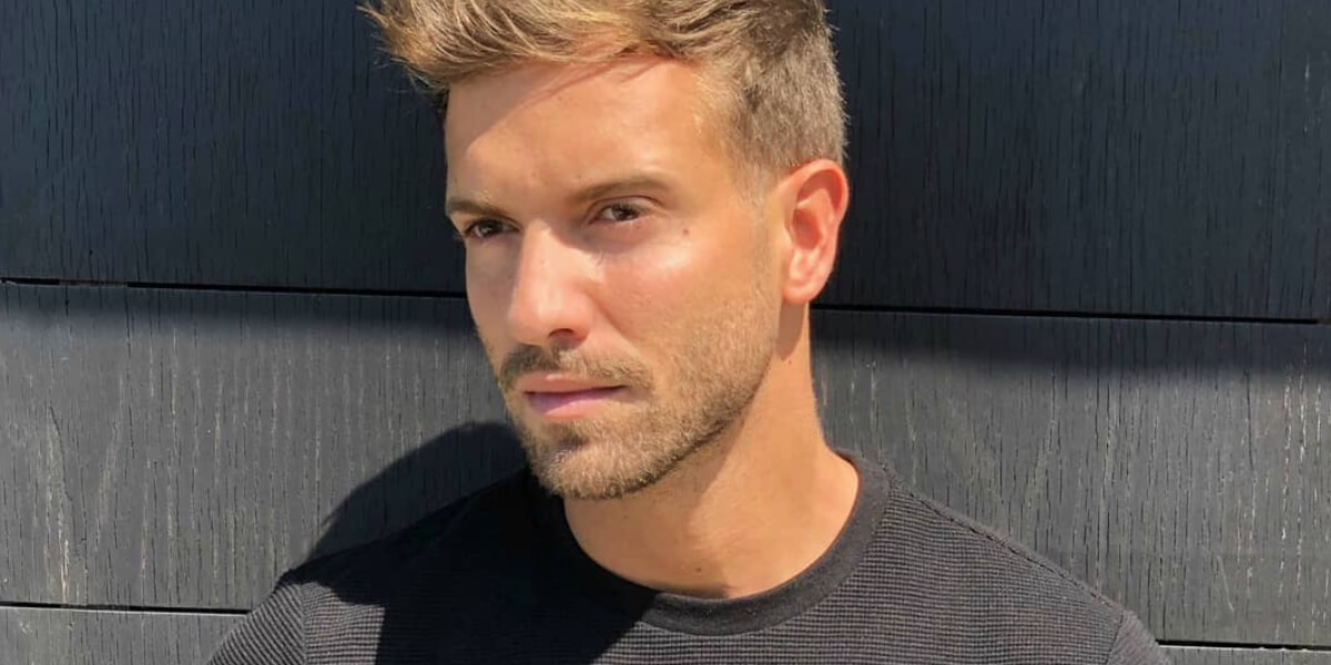 Por medio de un emotivo video, el cantante Pablo Alborán contó que es homosexual