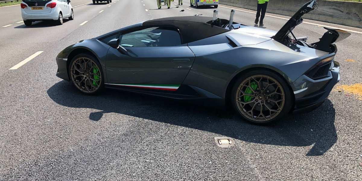 Hombre chocó Lamborghini 20 minutos después de comprarlo y su reacción fue viral