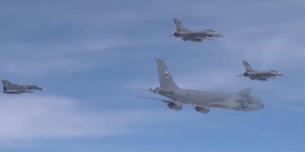 aviones fuerza aerea colombiana