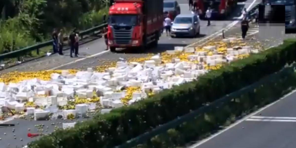 camion naranjas