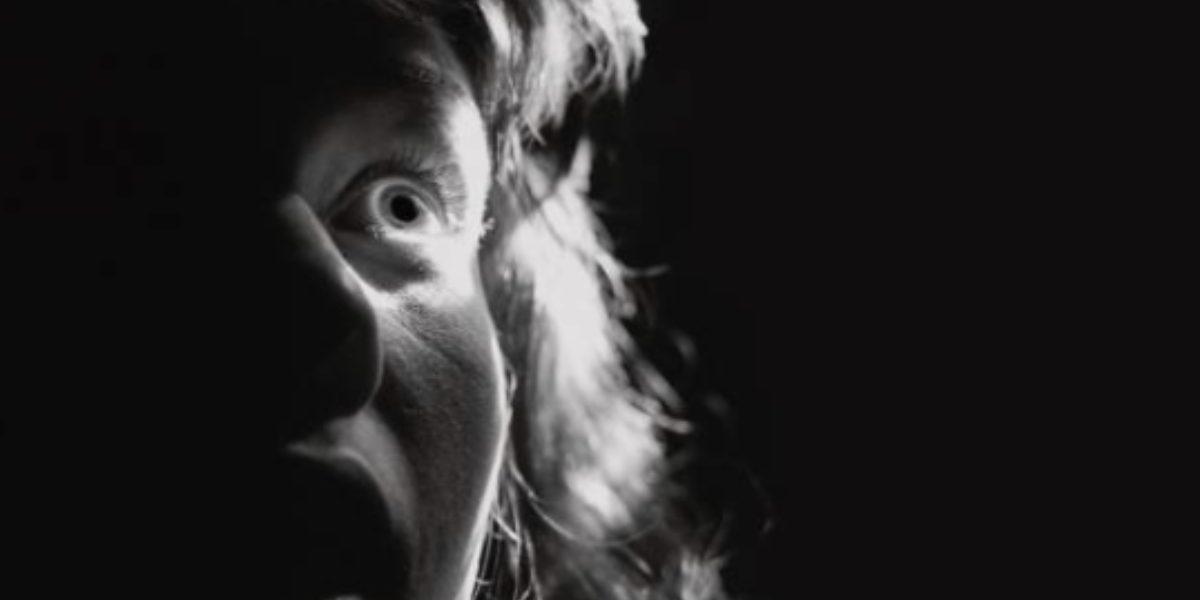 Foto cara asustada