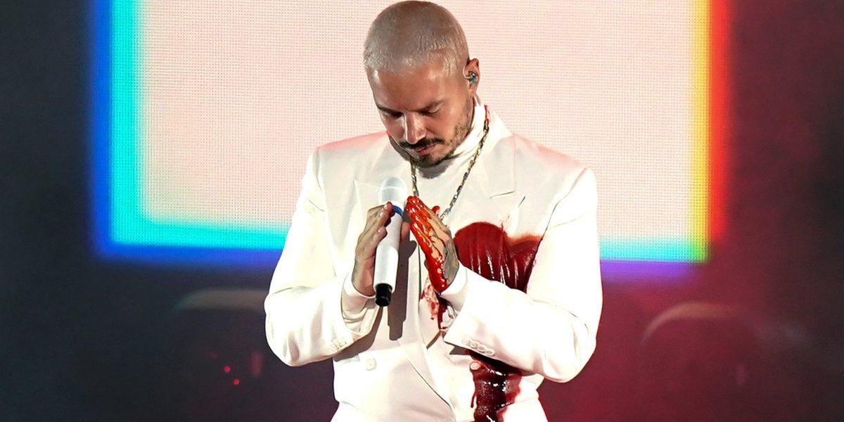 j balvin presentación Grammy