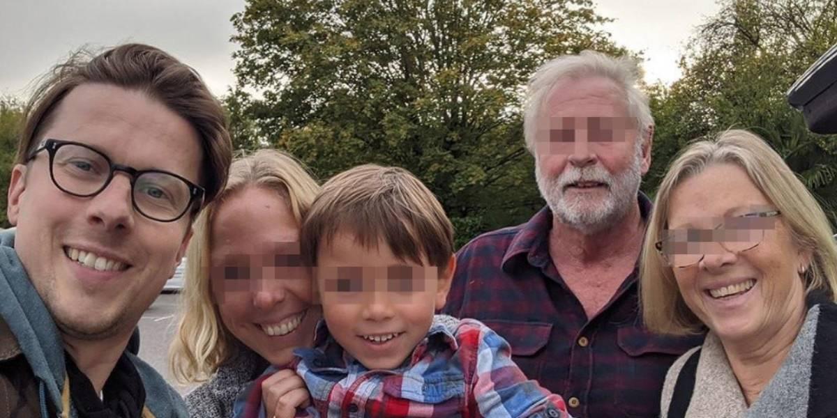 Jonno Hopkins le escribió a su padre por el grupo de WhatsApp familiar y no era él