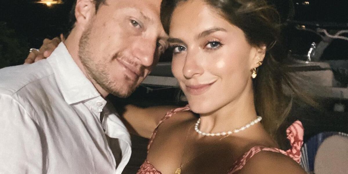 Laura Tobón y su esposo