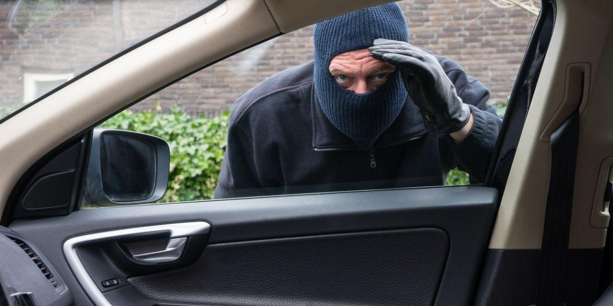truco de defensa en el carro por si te intentan robar