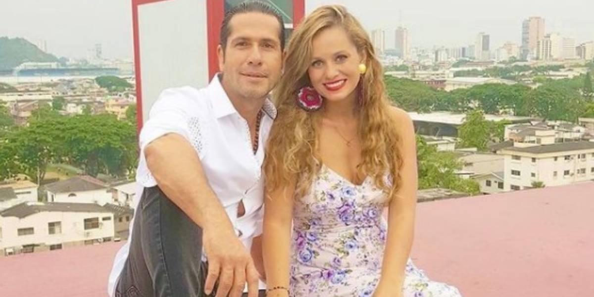 Gregorio Pernía posaron con su esposa desnudos