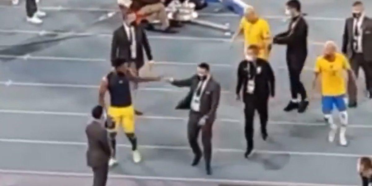 pelea neymar borja