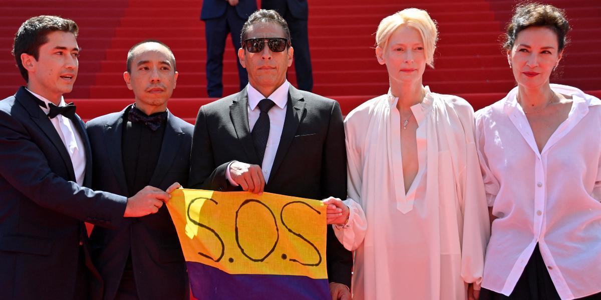 actores festival de cannes bandera sos colombia
