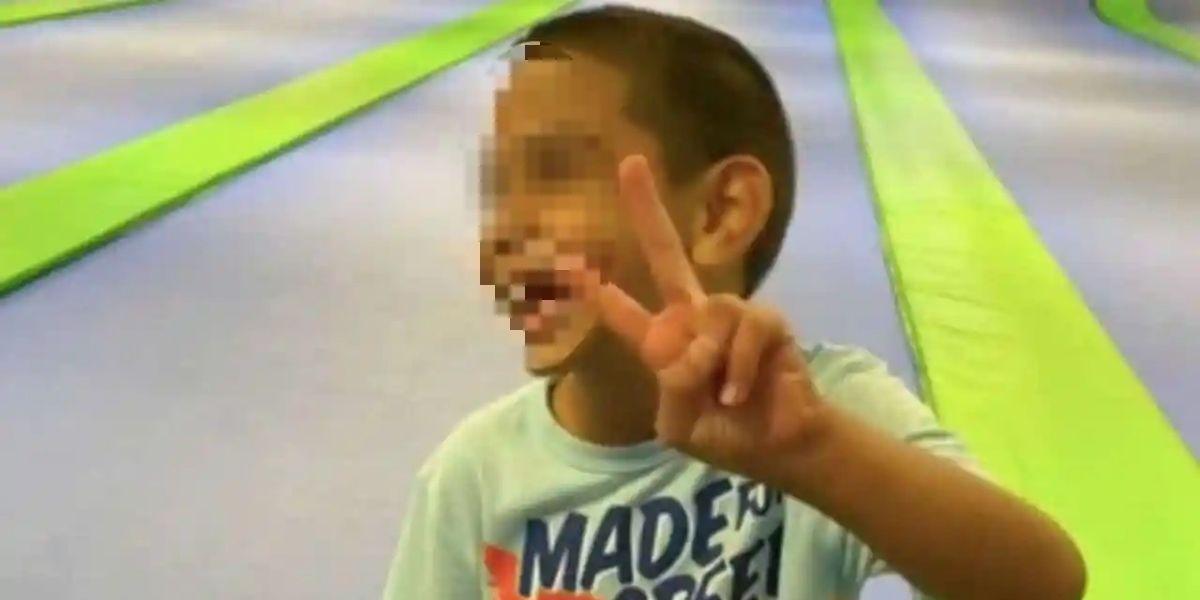 niño de 6 años que quiere ser adoptado